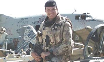 Le capitaine de corvette (à la retraite) Owen Parkhouse