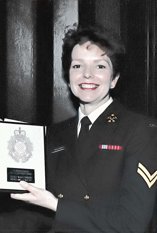 Matelot de 1re classe (à la retraite) Kay McGlennon