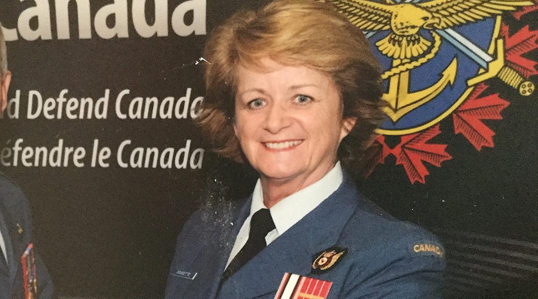Major (à la retraite) Lynn Doucette